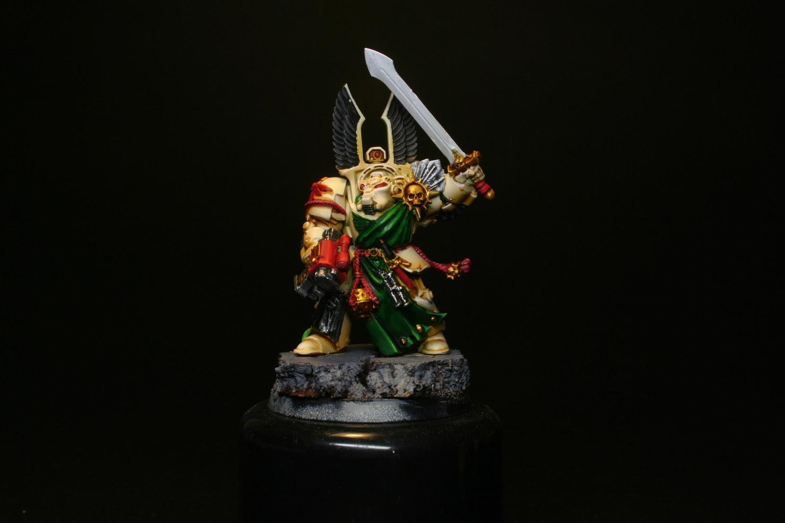 Grises en las penas de los exterminador de los Ángeles Oscuros de la caja de Warhammer: Venganza Oscura