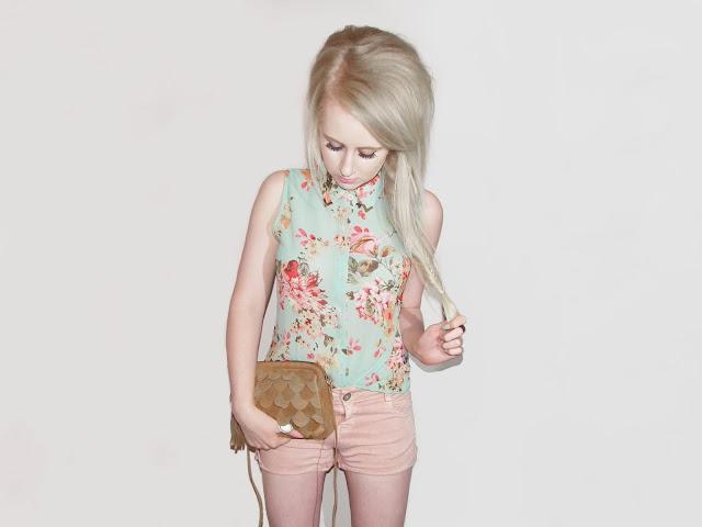 Sammi Jackson - Floral Blouse - Look 1