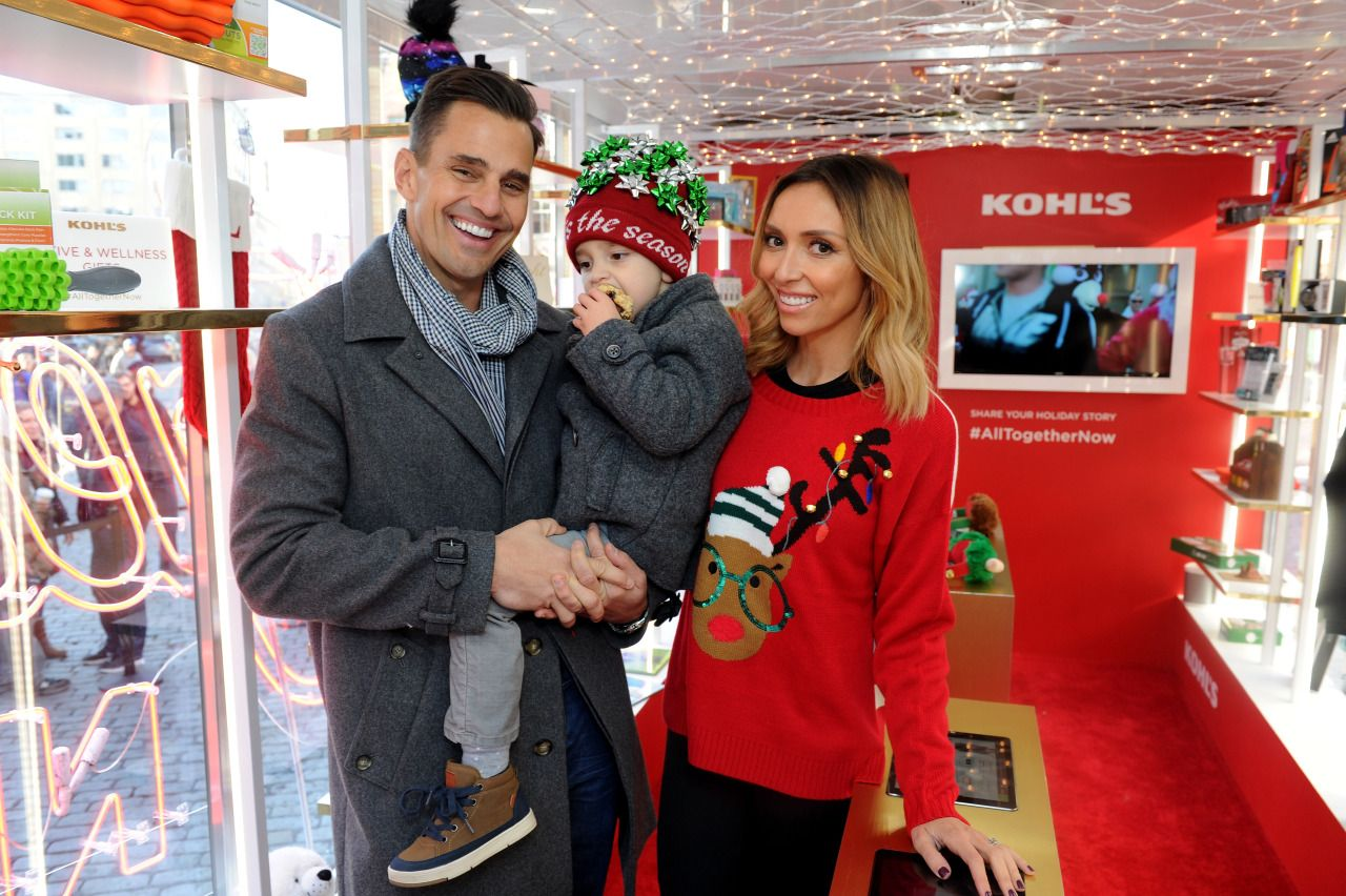 Celebrities Heart Ugly Christmas Sweaters in 2015 - What's up ...