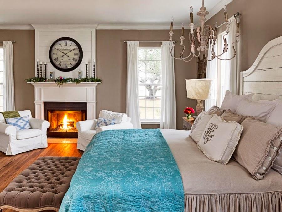 wystrój wnętrz, home decor, wnętrza, urządzanie mieszkania, Boże Narodzenie, Święta, ozdoby świąteczne, dekoracje świąteczne, styl vintage, sypialnia, kominek