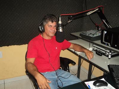 RÁDIO 105,9 FM