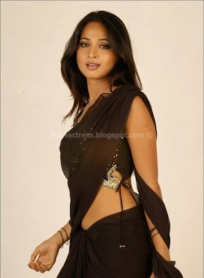 Anushka shetty in saree image