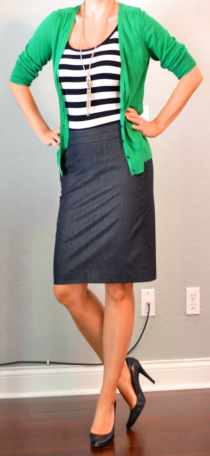 Outfit posts kelly green cardigan striped tank denim pencil skirt | Outfit Posts