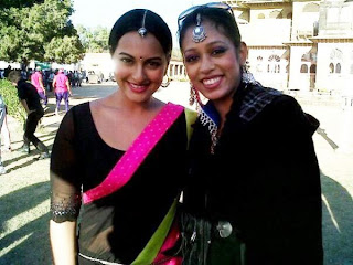 Desi Girl Sonakshi and Shahid Kapoor on the sets of Rambo Rajkumar
