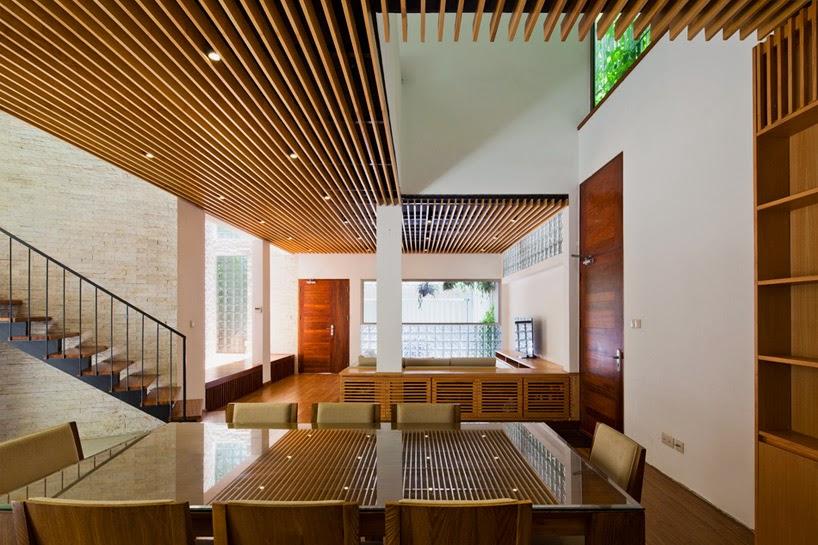 konsep-green fall-unsur-alami-segar-dan-asri-pada-desain-fasad-rumah-ruang dan rumahku-009