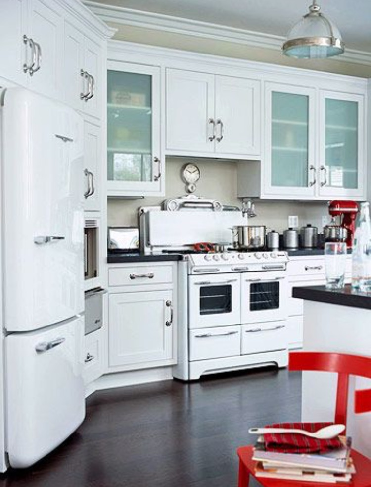 The 50s Are Back.....Appliance Trends!