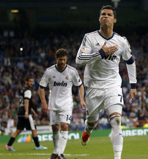 بالفيديو: أهداف ريال مدريد 6-2 مالاجا 8/5/2013 جواد بدة [HD]