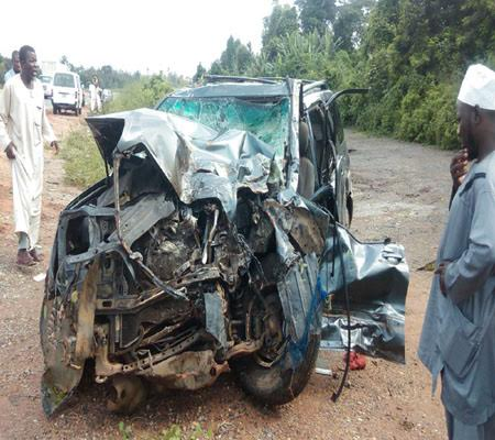 Photo: Deputy Vice Chancellor, his 14 year old son and four others die in car crash along Lagos-Ibadan expressway