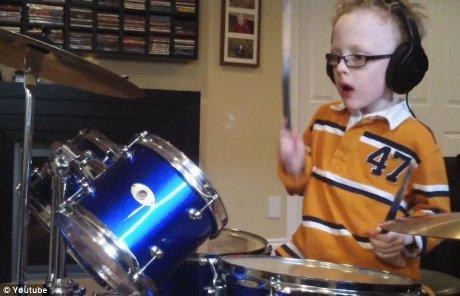 Jaxon Smith bocah 7 tahun gunjang YouTube
