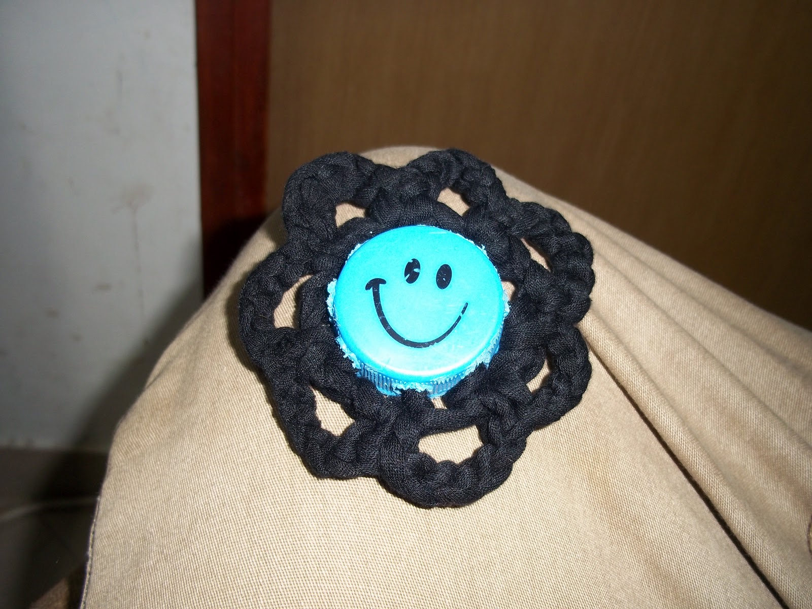How To Crochet A Flower Button Out Of Garbage- Tutorial | Penniless ...