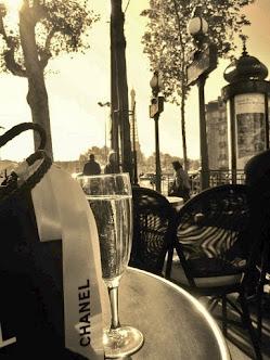 """e-book """"#Paris""""  R$ 19,90"""