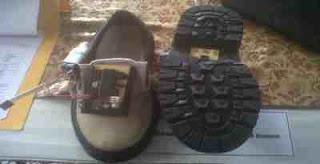 Sepatu Bermata Dua Bagi Tuna Netra
