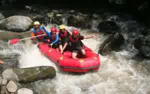 Wisata Malang Kaliwatu Rafting