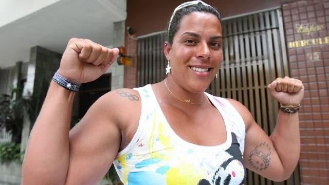 Ex-nadadora Rebeca Gusmão é transferida para UTI de hospital no Distrito Federal.