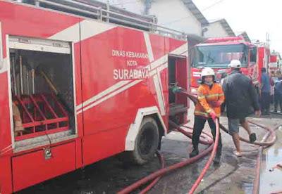 dinas pemadam kebakaran kota surabaya