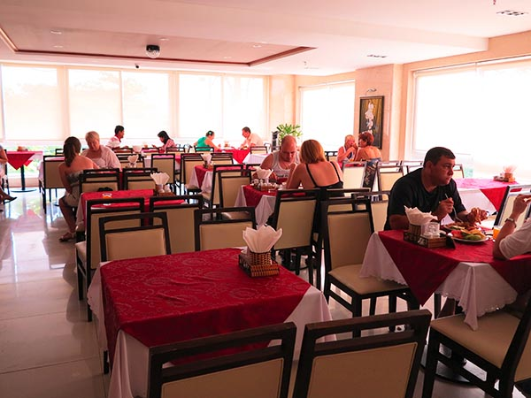 Dendro Hotel Dining Area