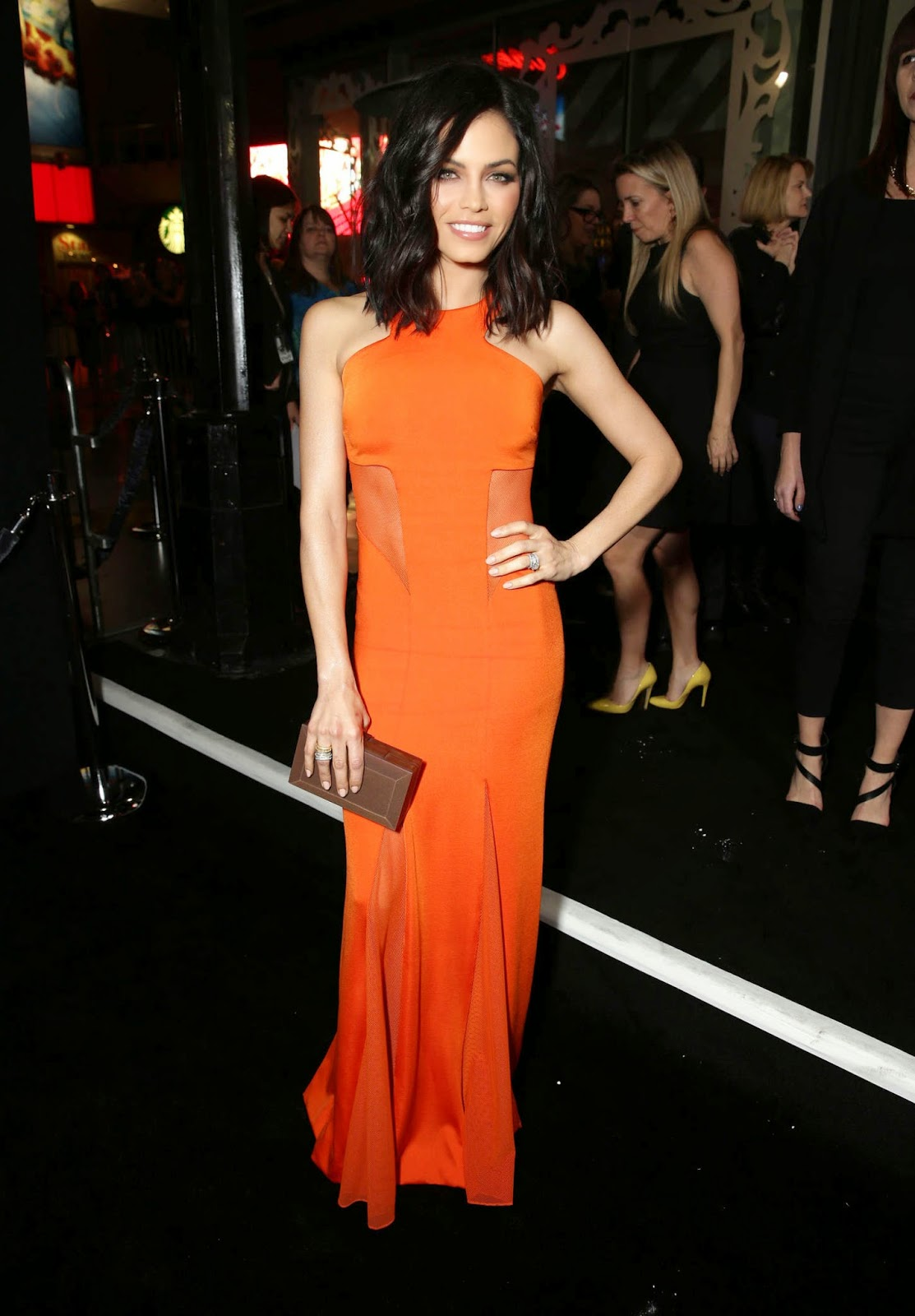 Jenna Dewan-Tatum stuns in an orange maxi dress at the 'Jupiter Ascending' Hollywood premiere