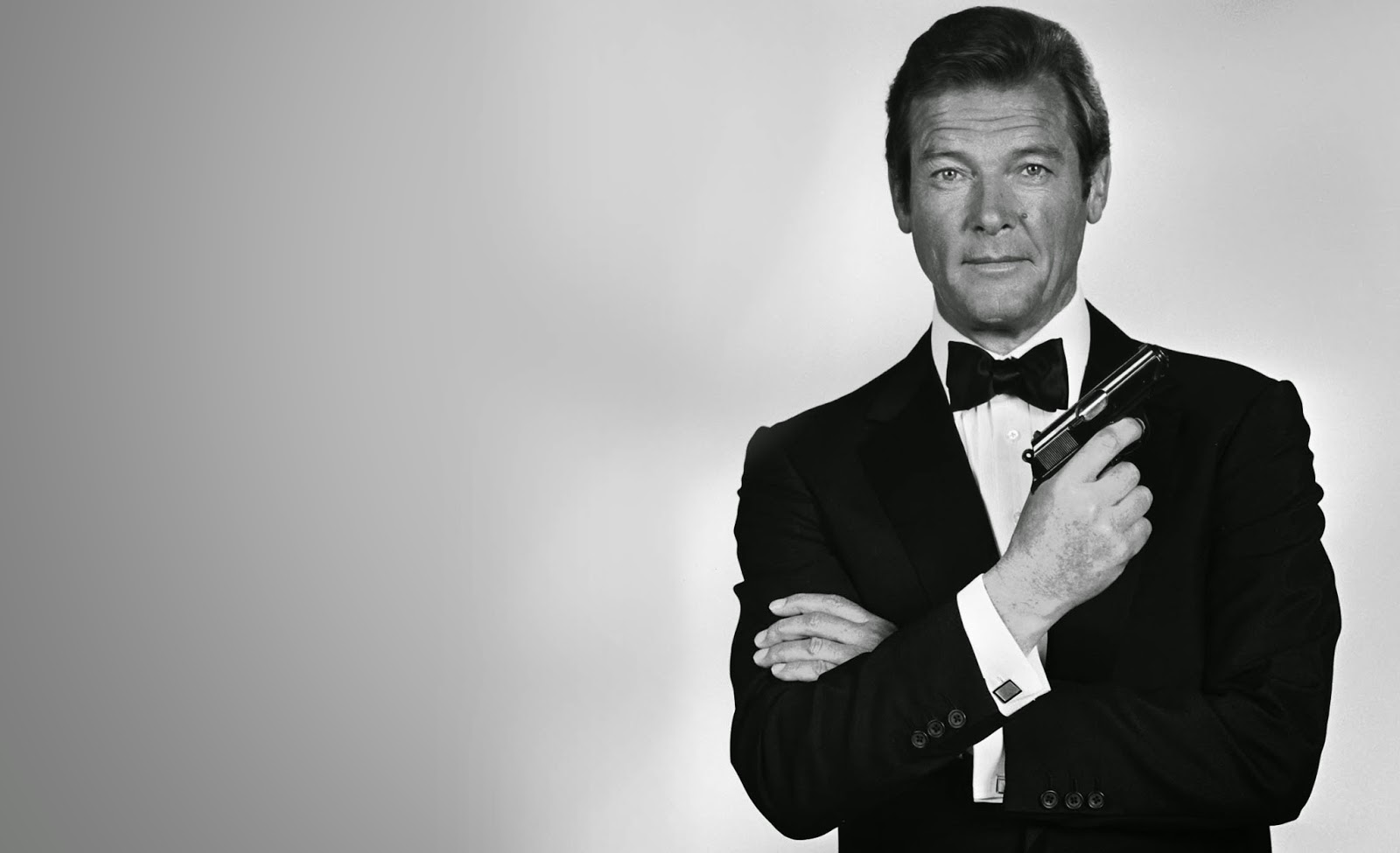 james bond roger moore - photo #18