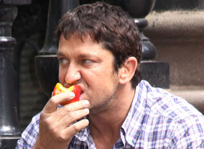gerard butler eating