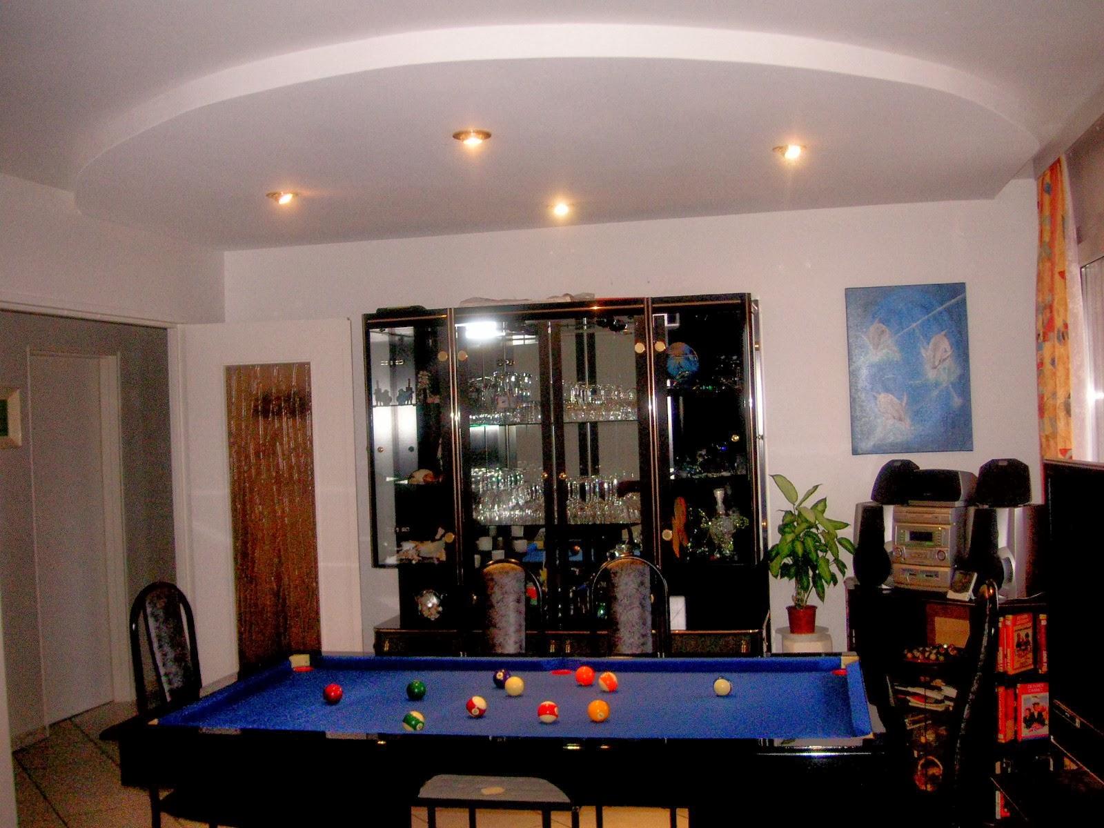 Spot plafond cuisine meuble cuisine vintage occasion for Faux plafond simple salon