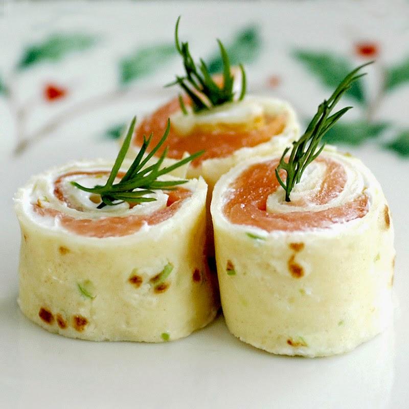 Smoked Salmon Pinwheel Appetizer