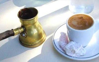 Από σήμερα πρέπει να πίνεις μόνο ελληνικό καφέ! Δες γιατί...