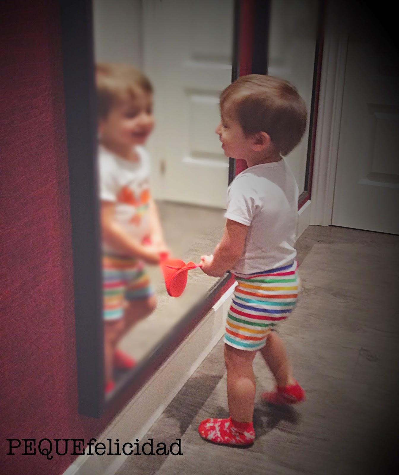 Pequefelicidad c mo ayudar a tu peque a gestionar sus emociones - A que altura colgar un espejo de cuerpo entero ...