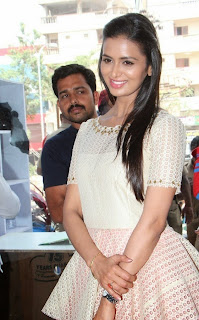 Actress Meenakshi Dixit Latest Pictures at Yes Mart Launch  40.jpg
