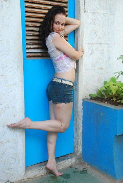 Actress Hazel Crowney in hot bikini