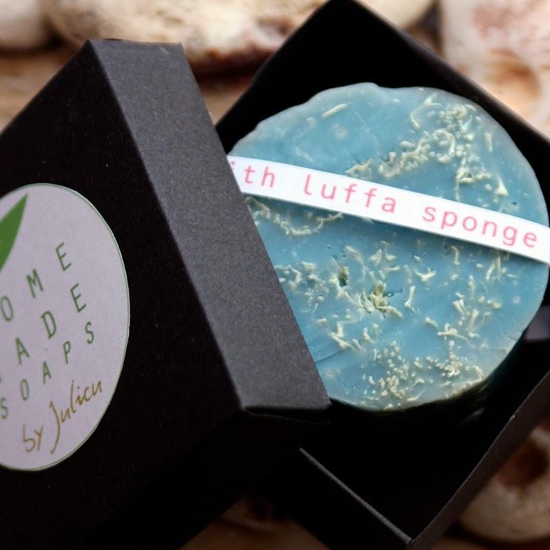 Homemade Soaps by Julicu: methylene blue soap colorant