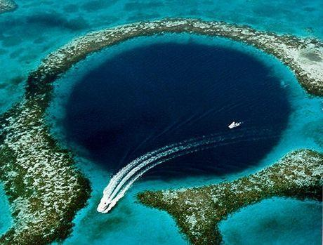 Great Blue Hole Belize Diving
