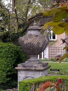 Masters+Garden+Nilometer-Garden+Urn