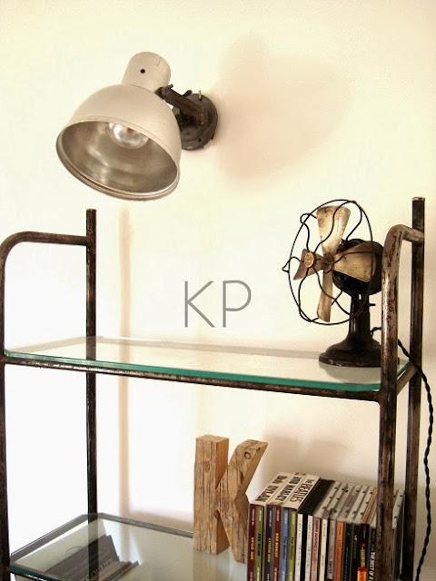 Venta de aplique vintage estilo industrial, estantería antigua, ventiladores antiguos