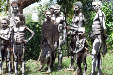 Vampire Cannibals: Real Ghouls Haunt Papua New Guinea