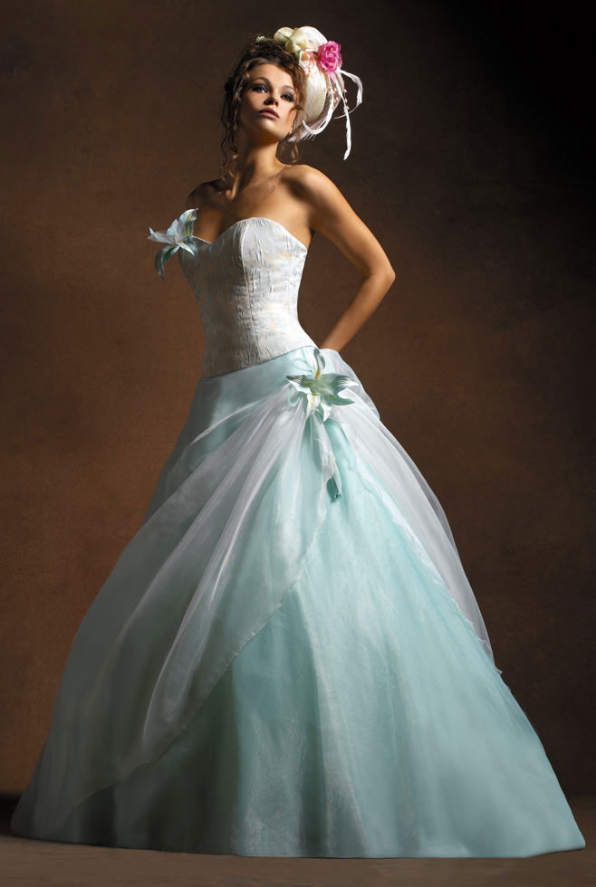 2016 wedding dresses and trends colored wedding dresses colorful wedding dresses. Black Bedroom Furniture Sets. Home Design Ideas