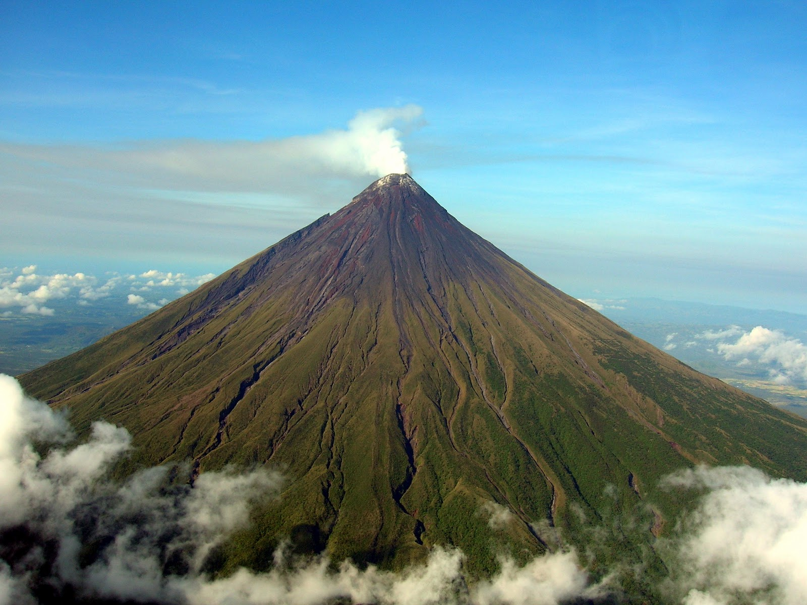 mayon volcano in philippines - photo #3