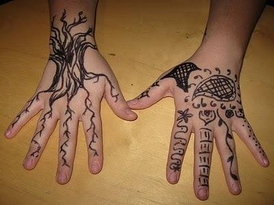 Mehndi Real Tattoo : Henna tattoos designs on hands ~ women fashion and lifestyles