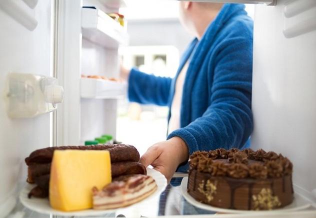 Ayo Singkirkan Makanan Tidak Sehat ini dari Kulkas