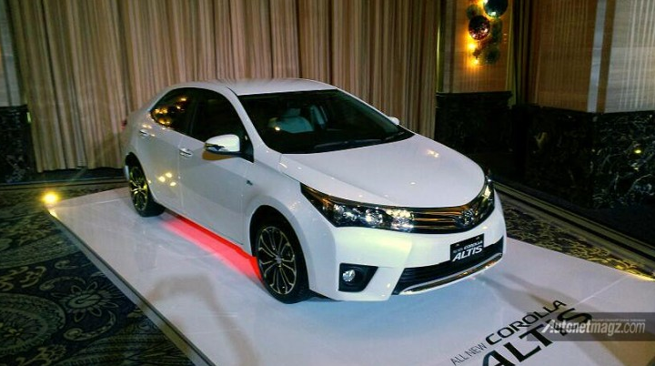 Desain samping all new corolla altis 2014