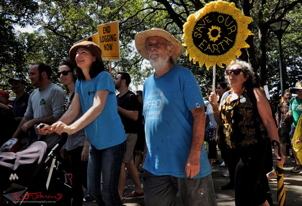 Save our earth - Sydney, Climate Change March, The Domain, Macquarie Street, Climate Change, Protest, #NoPlanetNoFuture, #PeoplesClimate, #PeoplesClimateMarch, #Sydney,