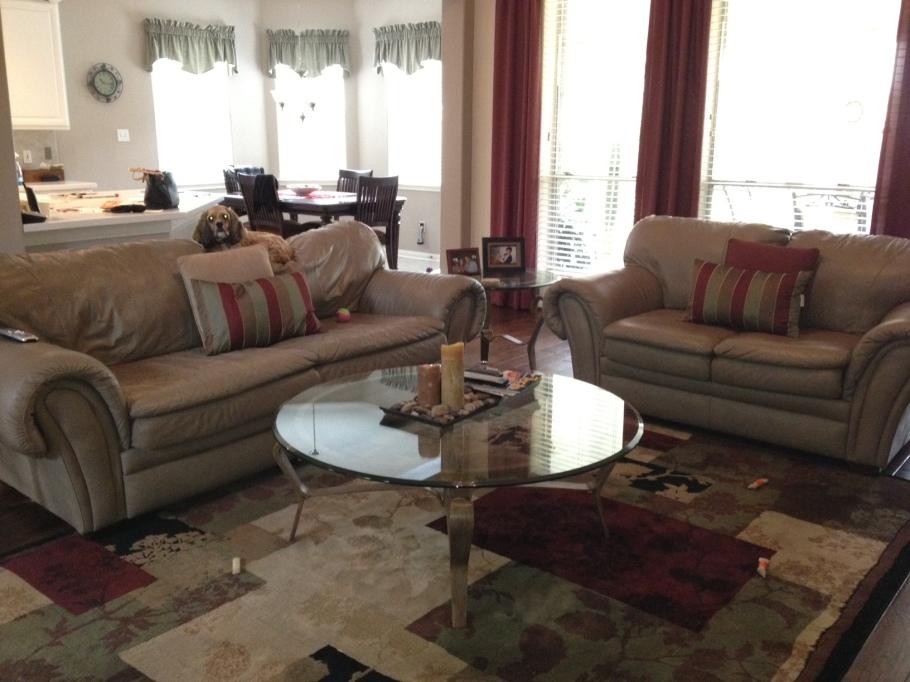 Pavimento Scuro O Chiaro : Come scegliere il colore del divano home staging italia