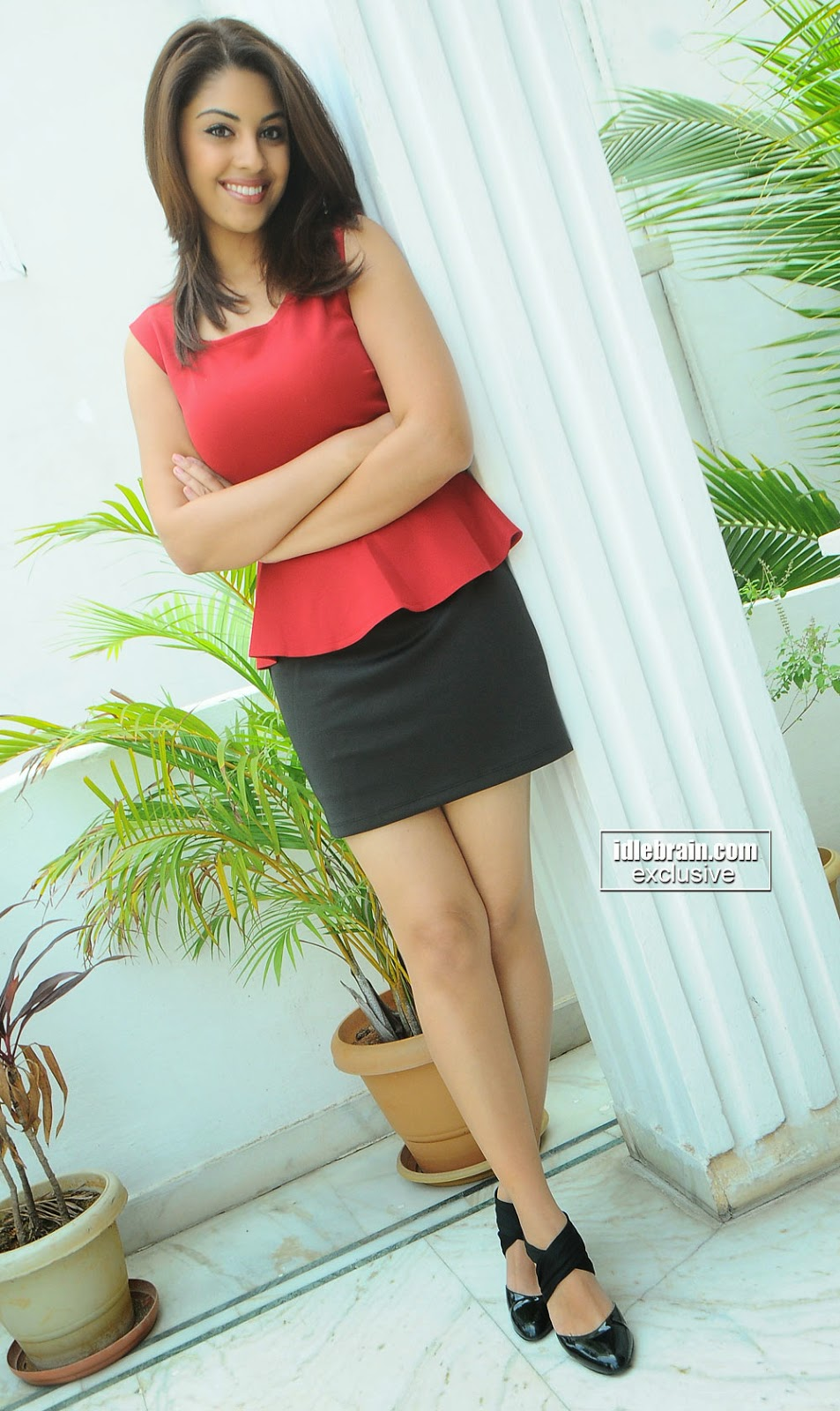 Richa Gangopadhyay thighs