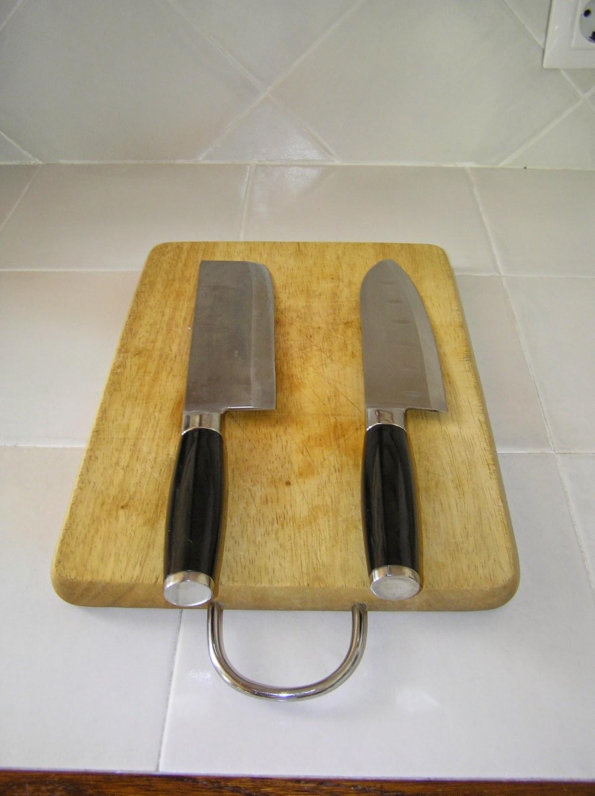 Macrobi tica ngela recetas originales y otras cuchillos - Tabla de cuchillos ...
