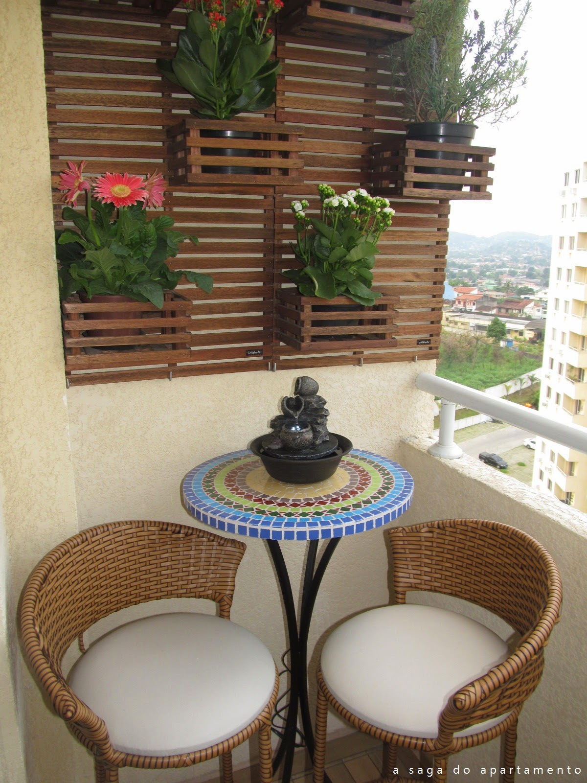 Construindo minha casa clean 14 lindas ideias de varandas for Modelos de patios de casas pequenas