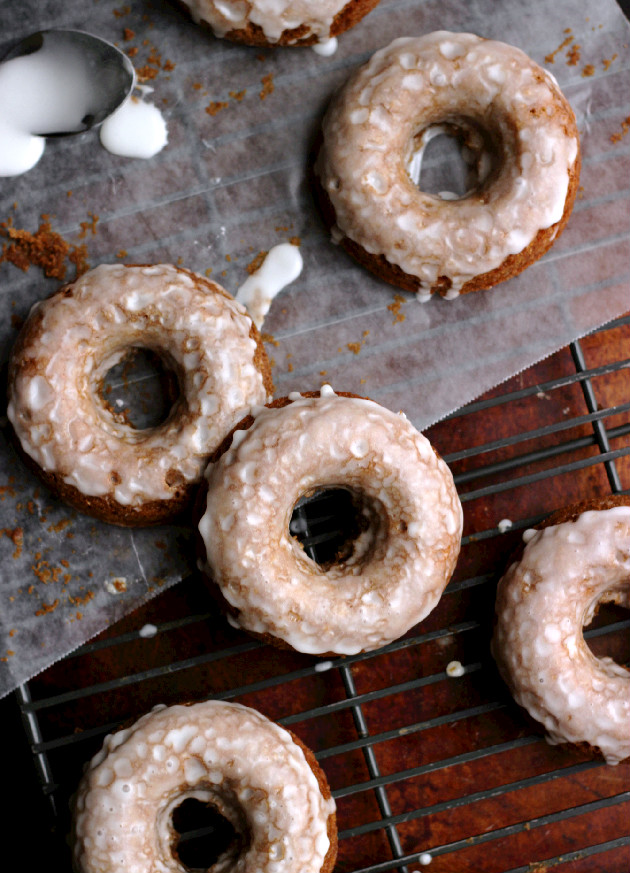 Confessions of a Confectionista: Glazed Gingerbread Donuts