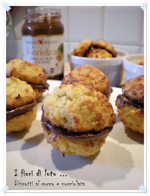 biscotti al cocco con nocciolata