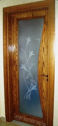 Portes d 39 int rieur de villa moderne en bois noble et mdf for Porte vitree interieur moderne