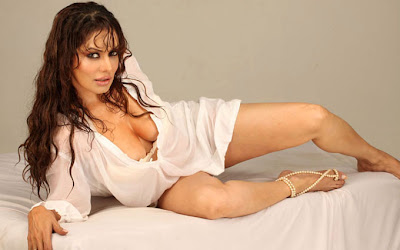 poonam jhawer spicy photo gallery