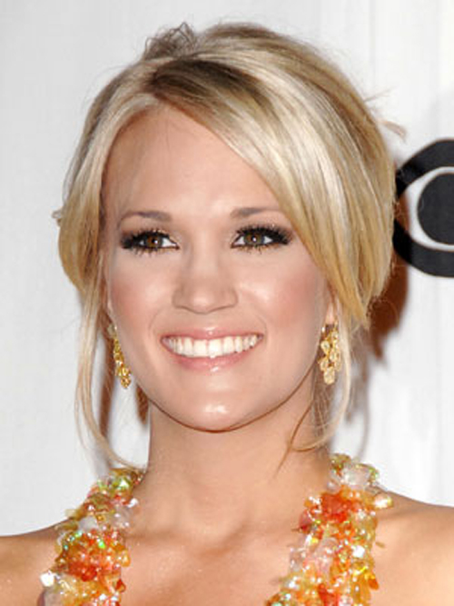 Carrie Underwood Blonde Hairstyles