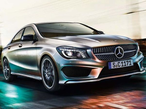 the first photos of the Mercedes CLA